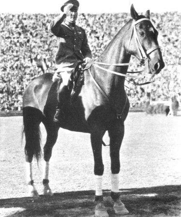 Los Angeles 1932 individual jumping gold medallists Takeichi Nishi (Japan) and Uranus.