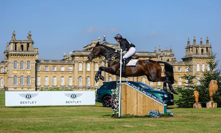 Piggy March and Brookfield Quality on the CCI4*-L cross-country at Blenheim.