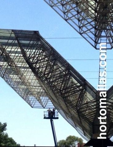 Instalación de la malla barrera contra pajaros GUACAMALLAS en grandes estructuras aereoportuales