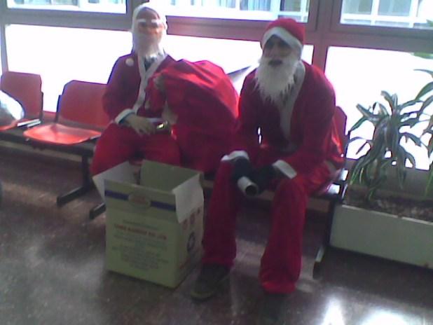 סנטה מבקר בפנימית ג' בבני ציון