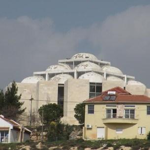 בנין המיועד לישבת ההסדר בשילה - טרם הושלם
