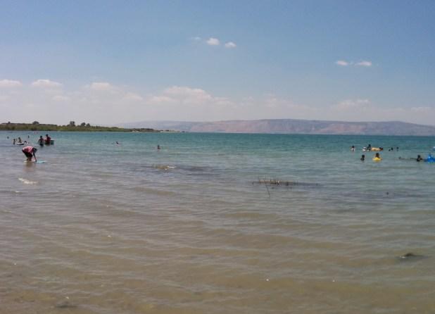 חוף צאלון לכיוון מערב