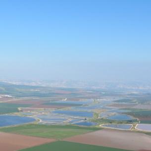 מהר שאול לכיוון חפציבה ,בית אלפא (מימין), בית השיטה (משמאל) בית שאן והגלעד