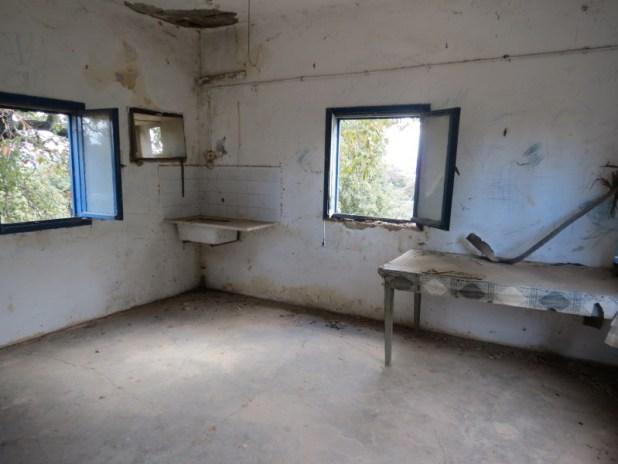 משרד ישן של נווה יער בחוות שטוק