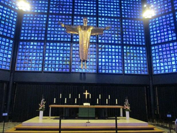 פסל ישו בכנסיית הזיכרון החדשה צילום:Avi1111 dr. avishai teicher