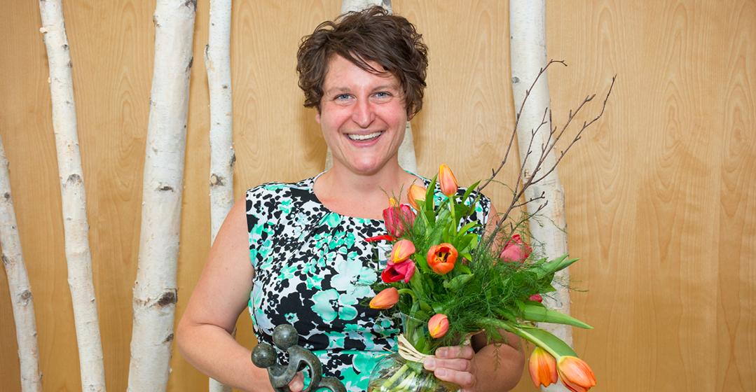 Tulip Award Presented To Dionne Kapp