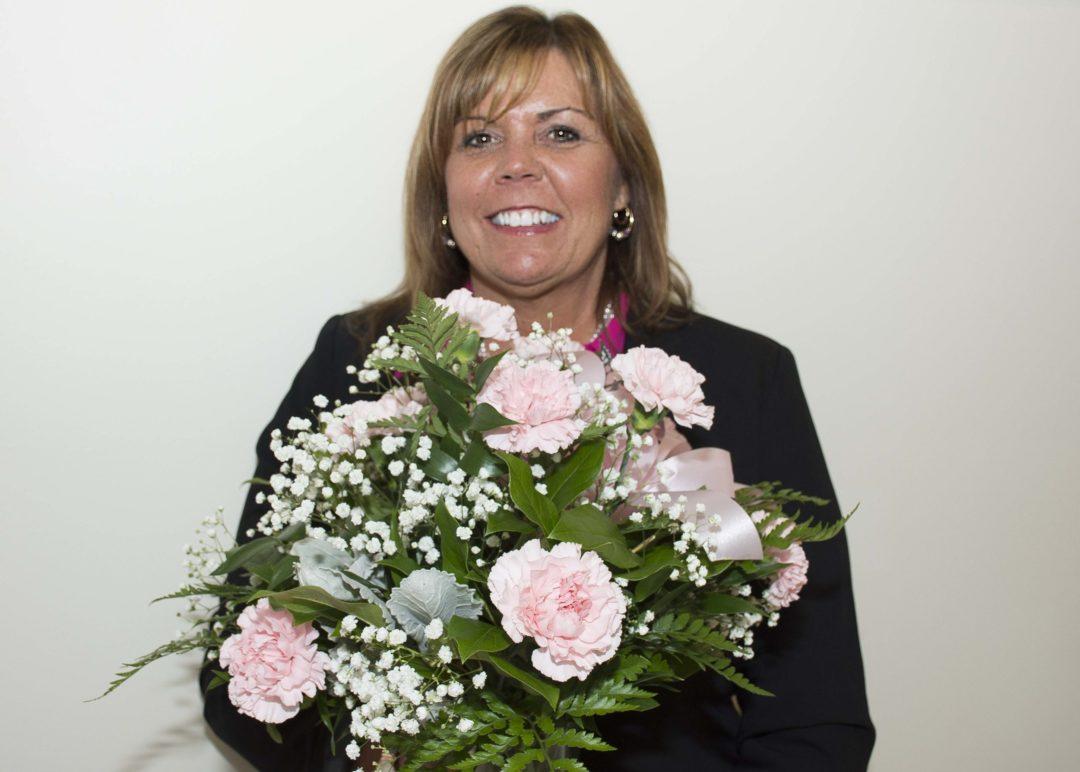 Deb Friece Receives Carnation Award For Teamwork