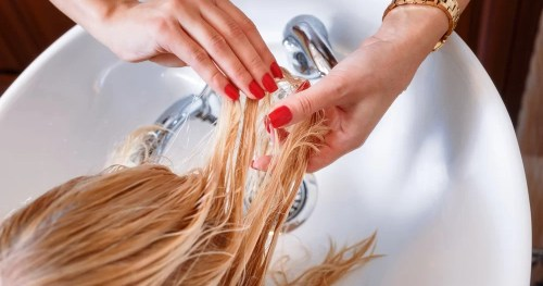 Usar química no cabelo das crianças é adequado?