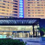 Hotel Job Opening: Hiring Guest Service Associate in Food & Beverages Service Department with Kochi Marriott Hotel, Kerala