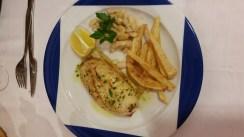 Hostal-Can-Josep-restaurante-platos-sepia-plancha