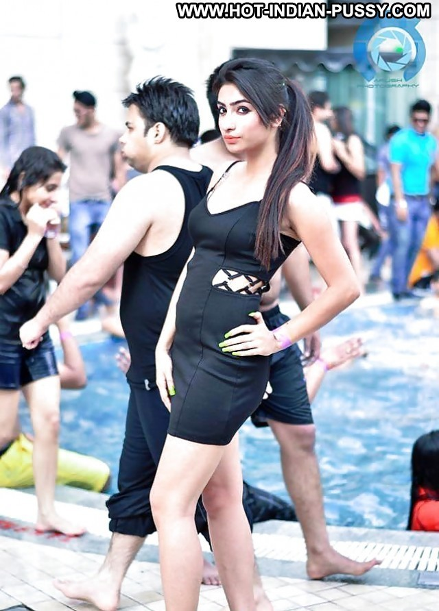 Shirley Private Pics Teen Indian Desi Pool Babe Sexy Party Amateur