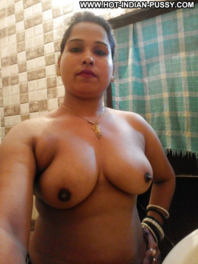 Valeria Private Pictures Hot Boobs Sexy Big Boobs Indian Mature Babe