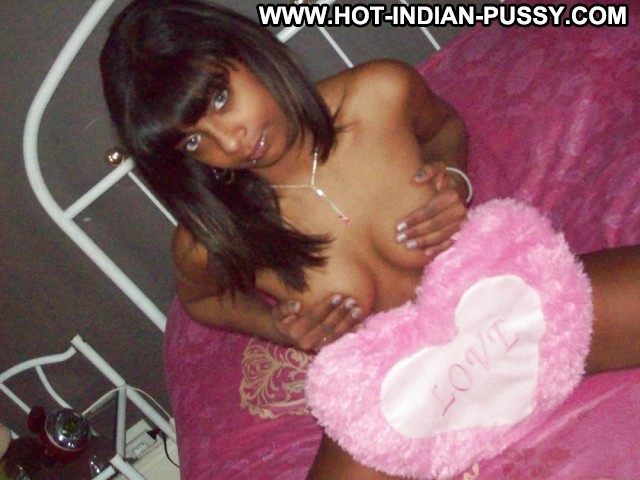 Terresa Private Pictures Hot Voyeur Amateur Indian Ebony French Nice