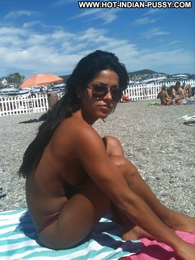 Maeghan Private Pictures Beach Beautiful Amateur Indian Italian Hot