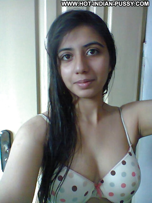 Danyell Private Pictures Flashing Tits Indian Hot Amateur Sexy