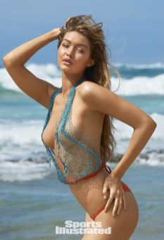 Gigi Hadid (36)