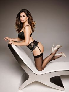Kelly Brook (39)