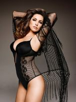 Kelly Brook (44)