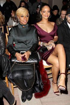Rihanna (8)