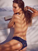 Josephine Skriver (19)