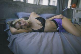 Alexis Ren (3)