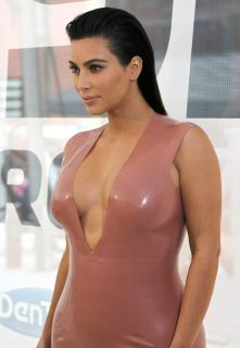 Kim_Kardashian (19)