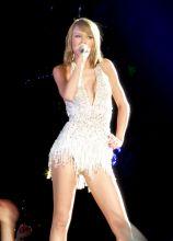 Taylor Swift (5)