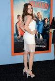 Elizabeth Gillies (1)