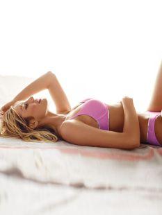 Candice Swanepoel (3)