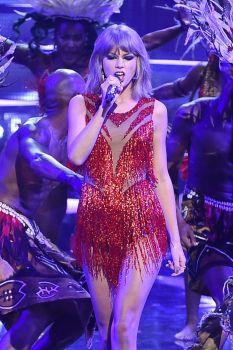 Taylor Swift (20)