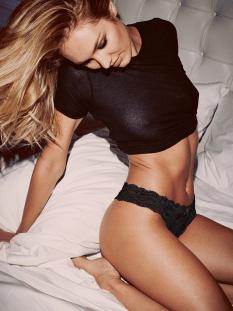 Candice Swnanepoel (2)