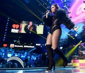 Demi Lovato (13)