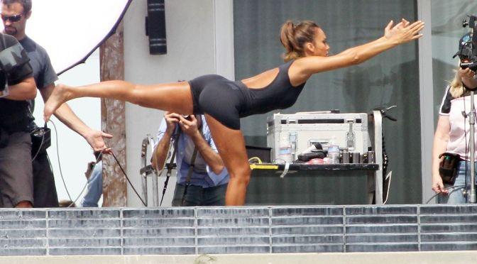 "Jessica Alba – ""Braun"" Photoshoot Candids"
