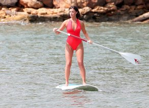 Lucy Mecklenburgh (16)