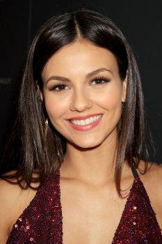 Victoria Justice (25)