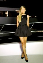 Olivia Holt (3)