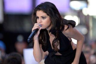 Selena Gomez (35)