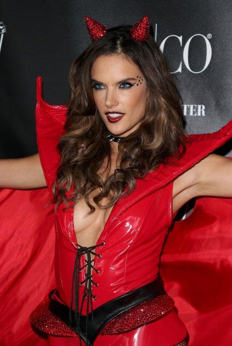 Alessandra Ambrosio (11)