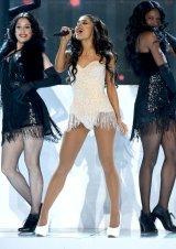 Ariana Grande (8)