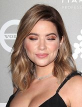 Ashley Benson (17)