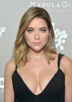 Ashley Benson (8)