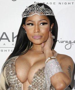 Nicki Minaj (2)