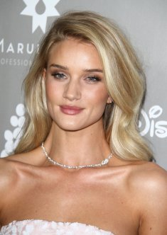 Rosie Huntington-Whiteley (2)