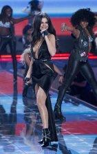Selena Gomez (30)