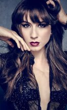Ashley_Lucy_Sasha_Shay_Troian (2)