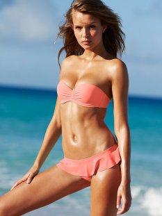 Josephine Skriver (34)