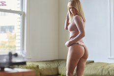 Sara Underwood (9)
