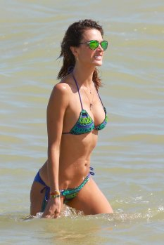 Alessandra Ambrosio (12)