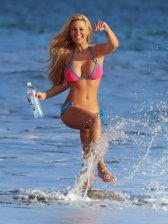Kindly Myers (7)