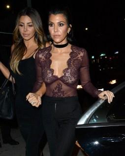 Kourtney Kardashian (7)